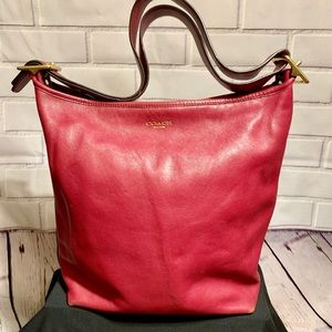 💕Coach Legacy Leather purse in black cherry💕